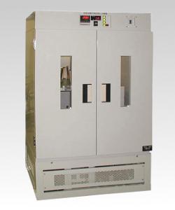 低温恒温槽付振とう培養機 TRLS-1